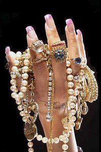 Магические свойства золотого браслета